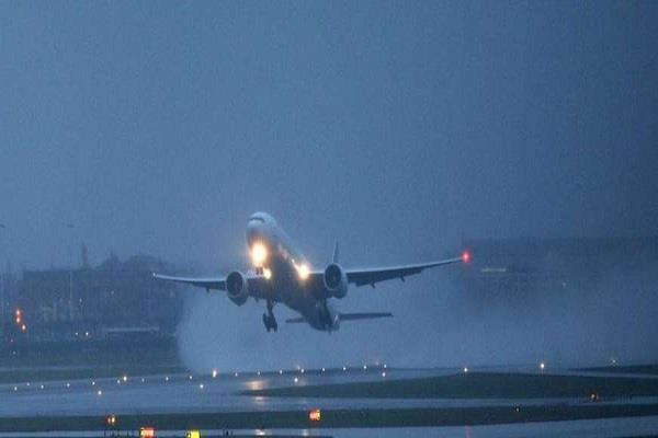 route divert of two flights from delhi airport due to bad weather