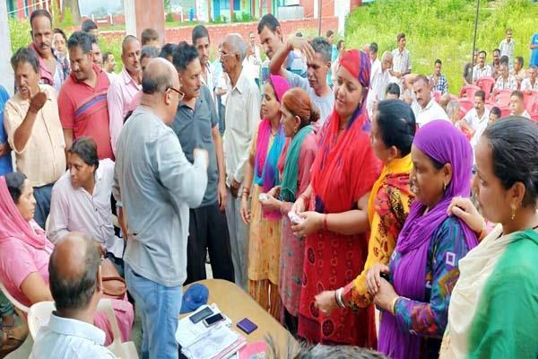 ruckus in gram sabha meeting