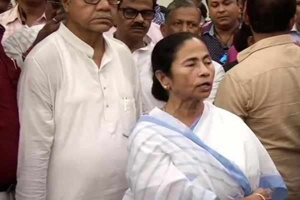 mamata speaks on sonbhadra scam bjp comes to bengal