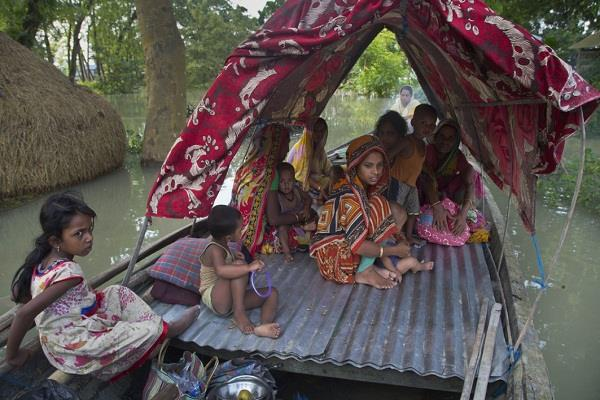 97 killed in floods in bihar and assam