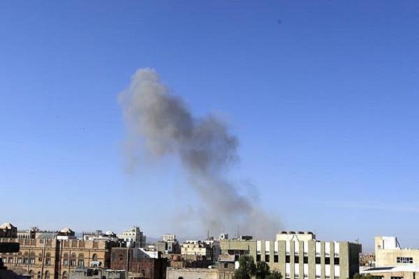 8 killed 11 injured in yemen air strike