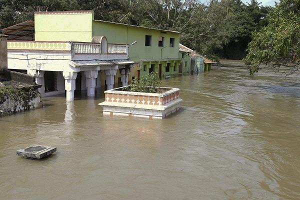 maharashtra heavy rain in kolhapur and satara prone to floods today