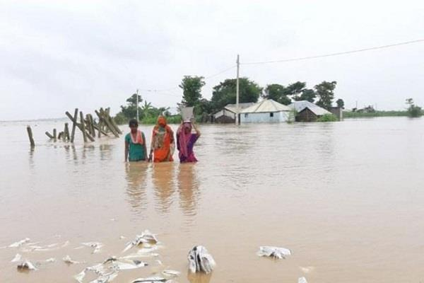 heavy ravages of life and property in india  due to rain