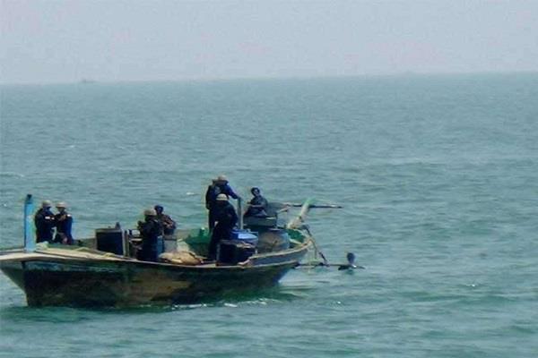 b s f 2 pakistani boats recovered in  harami nala  area
