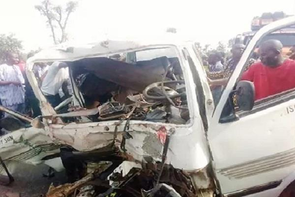 17 killed in road accident in nigeria
