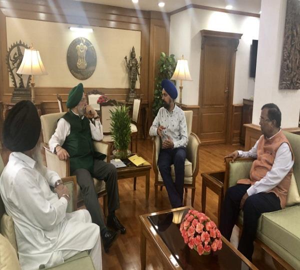 union minister of urban aviation hardeep singh puri