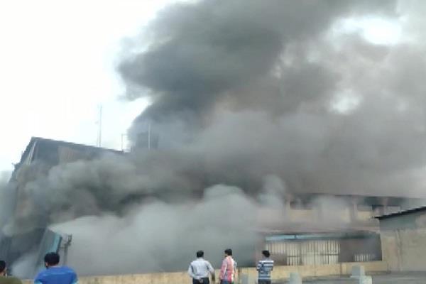 gujrat ahmedabad fire