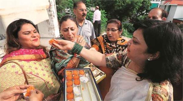 kashmiri pandits of up hope to return to their native land