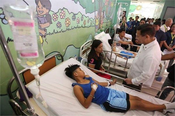 dengue cases in philippines surge with over 800 deaths