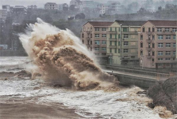 china issues red alert as super typhoon lekima approaches
