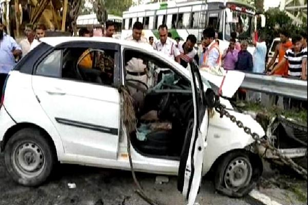 tragic road accident on national highway 2 people killed 1 injured