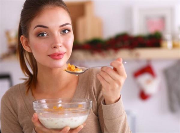 ब्रेकफास्ट में जरुर खाएं यह 1 चीज, वजन होगा कंट्रोल और पेट भी रहेगा सही