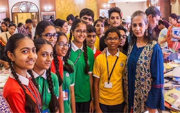 Teacher's day:टीचिंग सिस्टम बदलने के लिए शिक्षक बनी यह एक्ट्रेस, जीत चुकी है मिस इंड़िया का खिताब