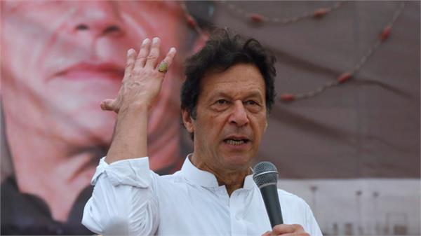 pak pm imran khan to celebrate independence day in pok