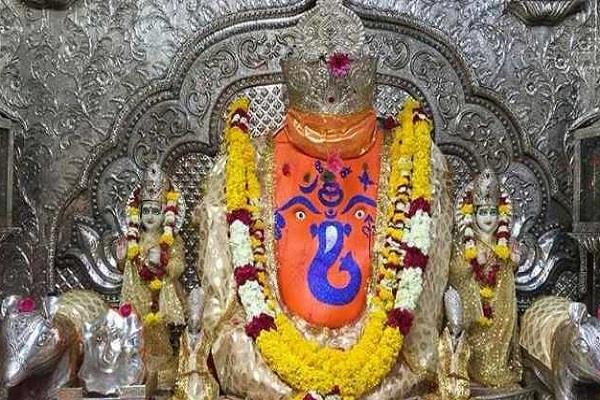 fssai gave safe bhog place certificate khajrana ganesh temple