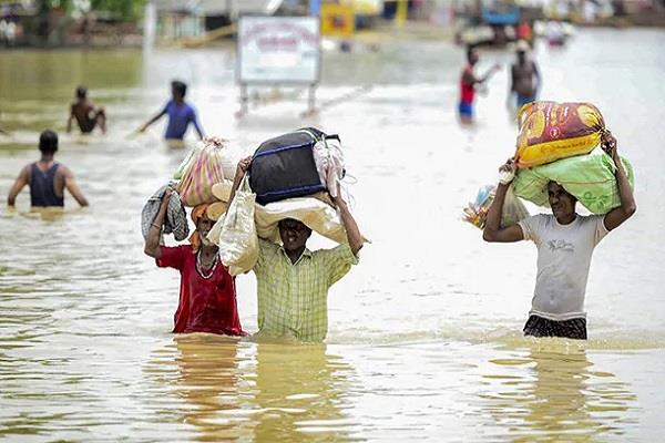 386 people died due to flood
