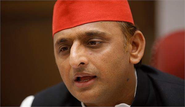 akhilesh says bjp government s attitude