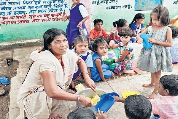 khandwa school cook children casserole animal fat on seeing the officer