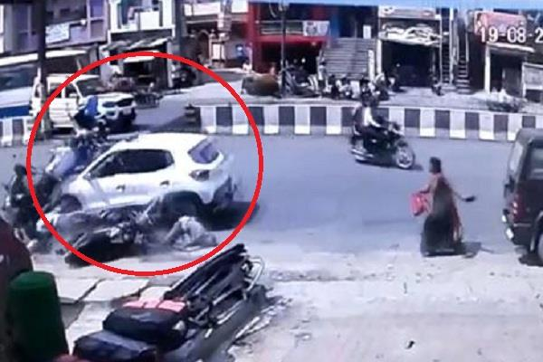 high speed havoc seen in gorakhpur