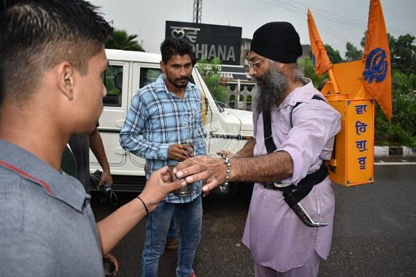 sikh came as a messiah for those trapped in the bandh