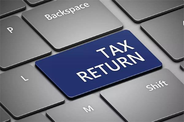 tomorrow s last date to file income tax return delay will pay penalty