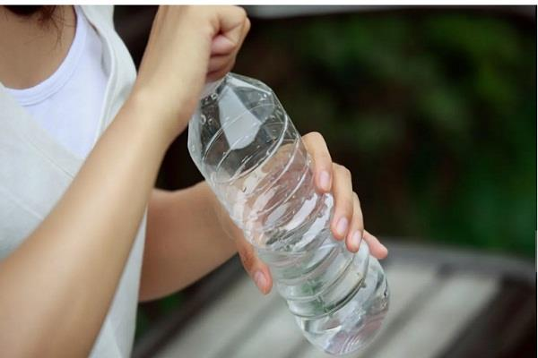 no concrete evidence that plastic bottle causes cancer who