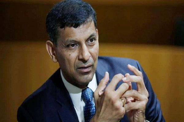 raghuram rajan said economic downturn  a matter of concern