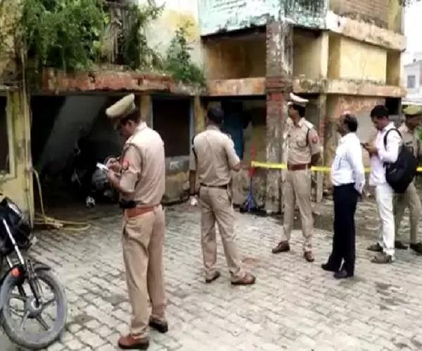 up government woman lawyer shot dead in court premises panic spread
