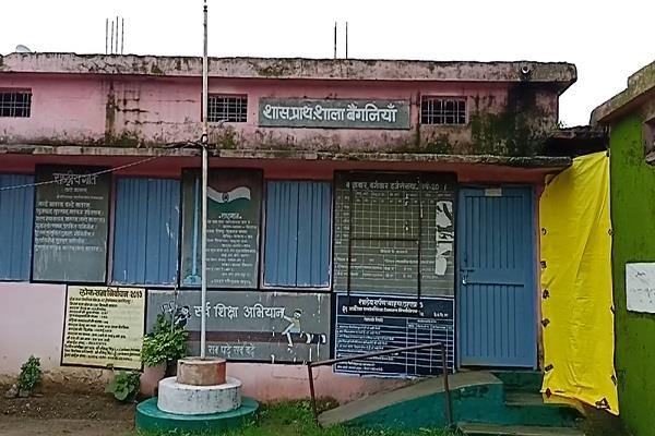 not a single admission in government schools