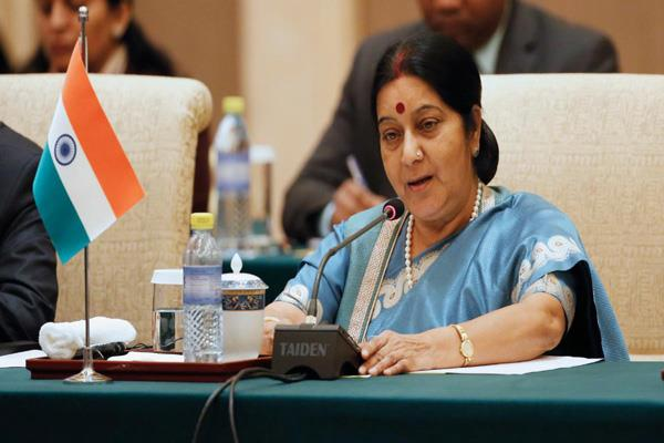 anand mahindra re tweeted sushma swaraj s last tweet said mother india cry