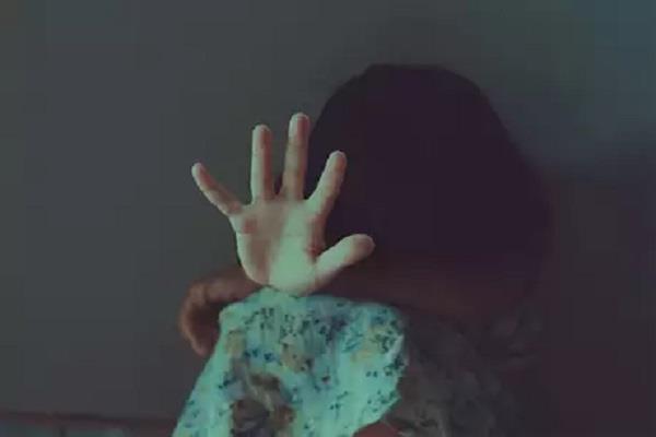 70 year old elder raped 6 year old girl arrested