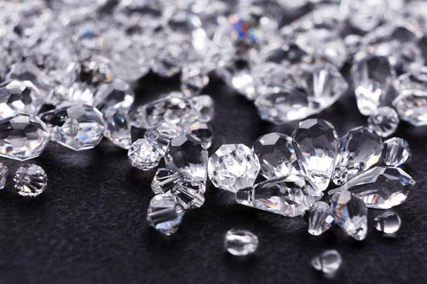 trade war hit gujarat diamonds 15 jobs lost in 4 months