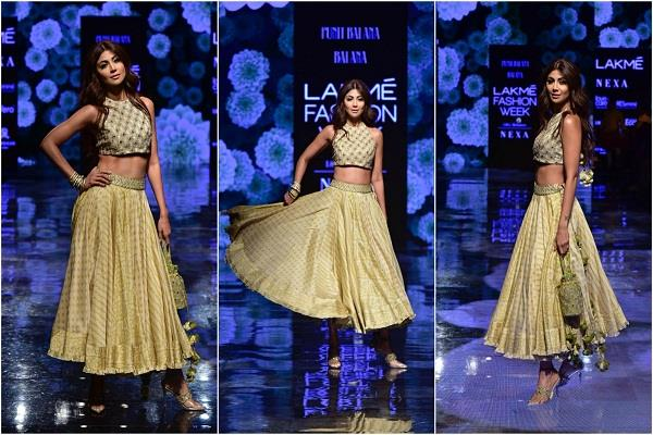 Image result for लैक्मे फैशन वीक: ग्लैमरस अवतार में शिल्पा शेट्टी ने किया रैंपवॉक