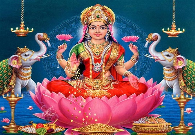 PunjabKesari, Kundli Tv, Varamahalakshmi, Devi Lakshmi, Maa Lakshmi, Vrat muhurat, Pujan vidhi
