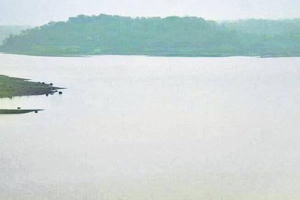 warning heavy rain 16 districts mp dholavad dam gates will open