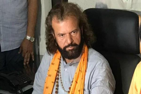 hansraj hans demands change jnu name to mnu