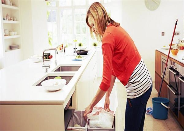 किचन के इन 5 कोनों की सफाई भी है जरुरी
