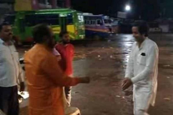 jayawardhan and bhargava meet gadkota bus stand midnight discussion heated