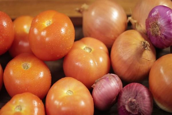 tomato prices in haryana punjab increase by rs 80 per kg