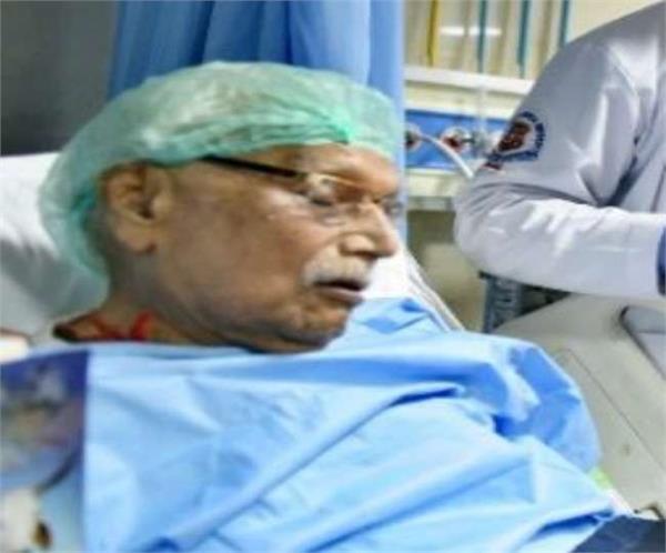governor anandiben expressed grief over the death of sangh pracharak om prakash