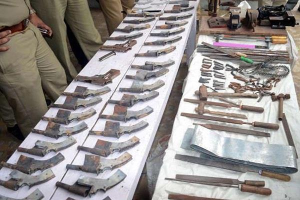 8 illegal gun factories busted in munger