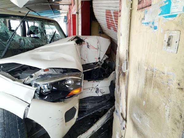 scorpio car accident