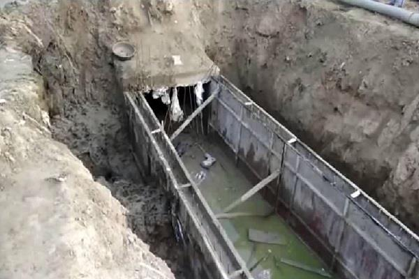 two children fell in the under construction drain