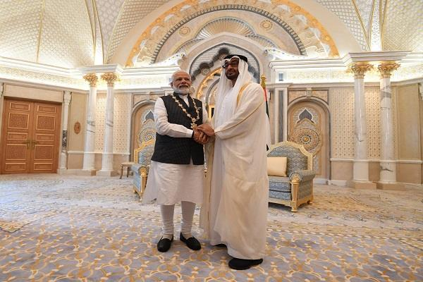 president of pakistan senet stunned by pm modi s honor in uae