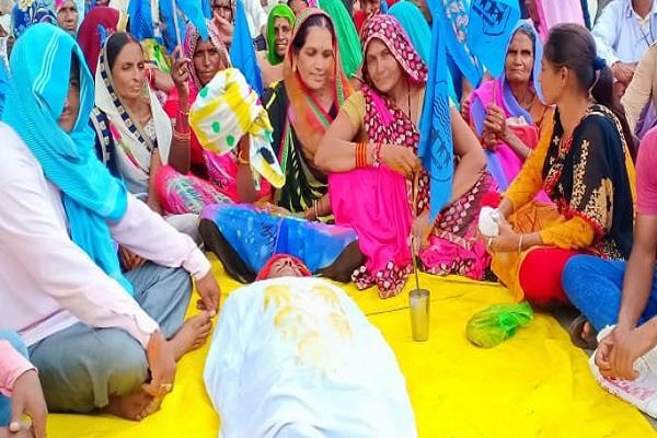 flood affected confesses kamal nath government dead