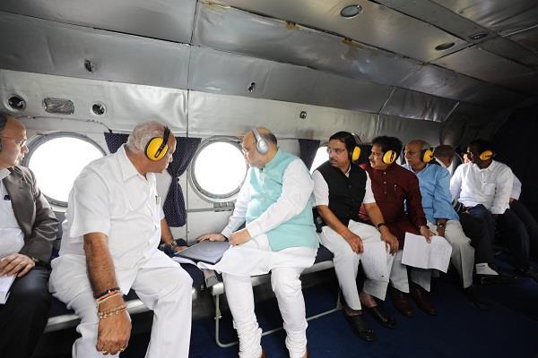 home minister amit shah did aerial survey of karnataka flood affected areas