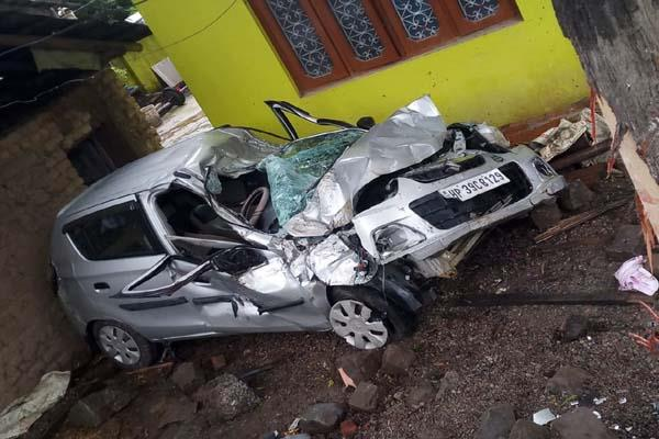 nagrota bagwan road accident 2 injured