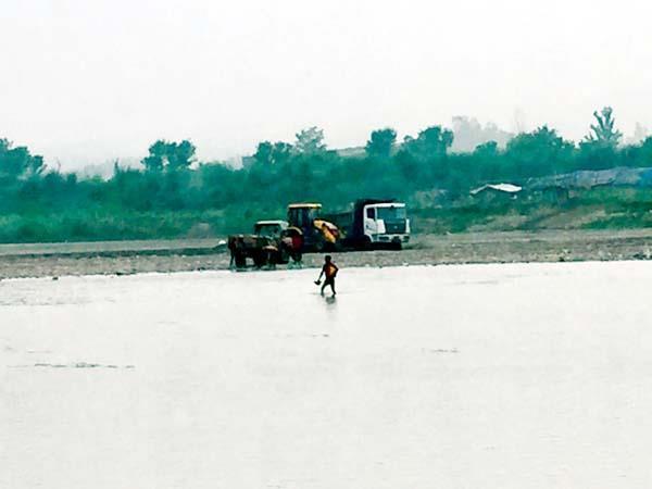 mining mafia in swan river