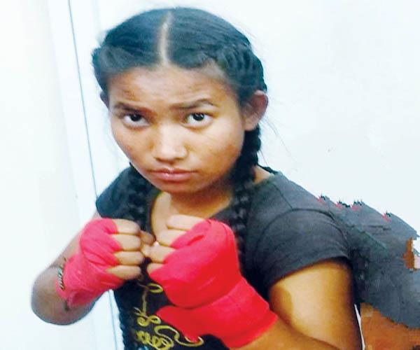 first female professional fighter