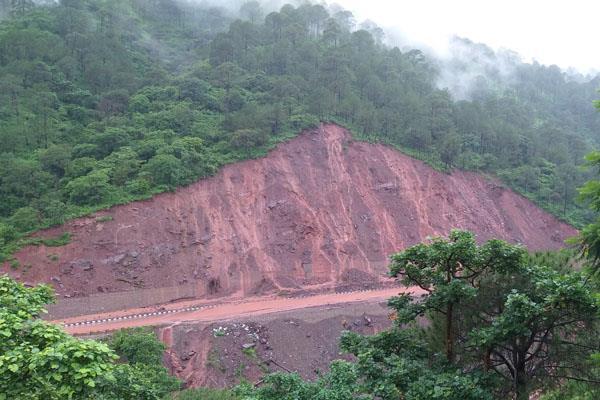 parwanoo kalka shimla highway closed